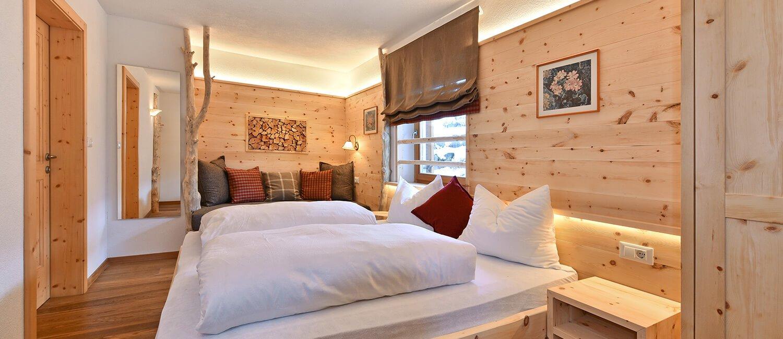 ferienwohnung-enzian-schlafzimmer